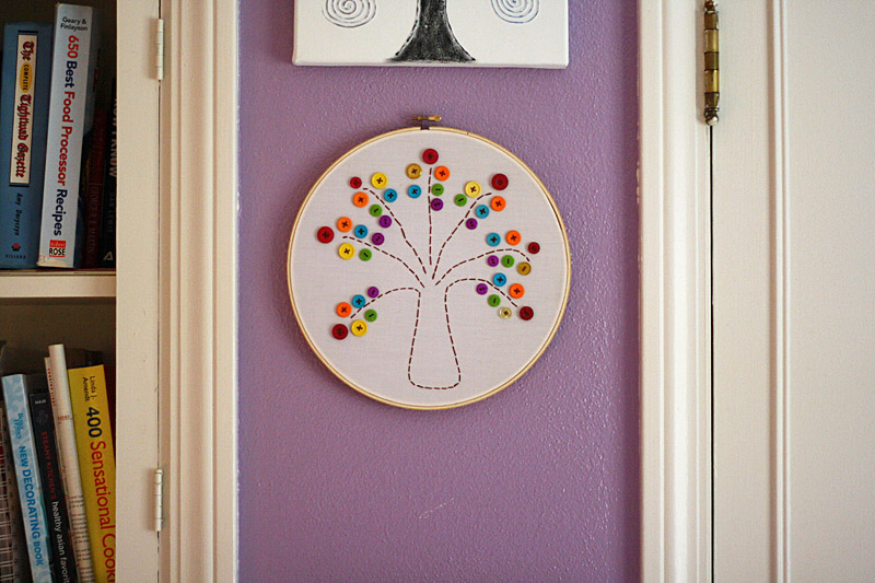 Embroidery Hoop Rainbow Tree by @amandaformaro for Kix Cereal