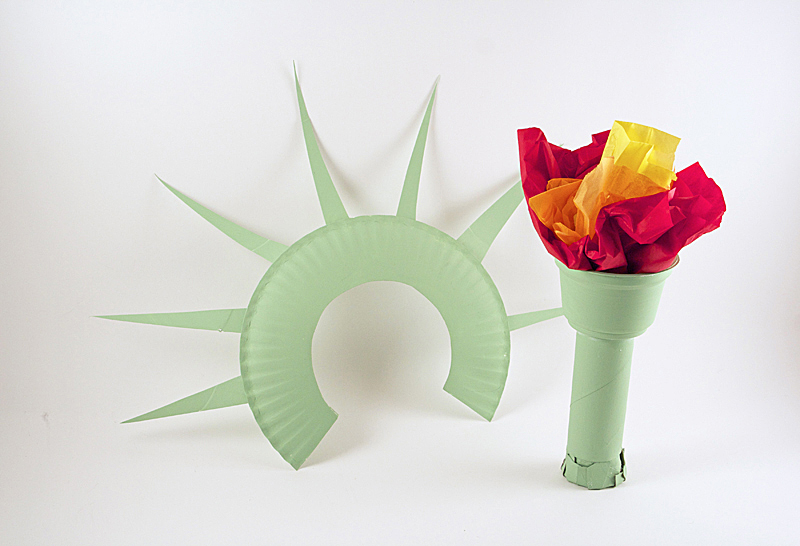 Statue of Liberty Crown and Torch Noise Maker