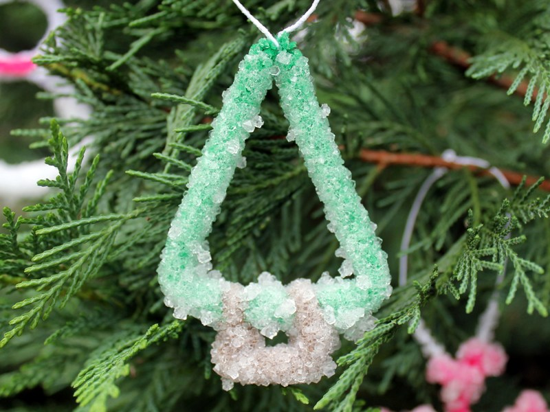 kix_ornament4