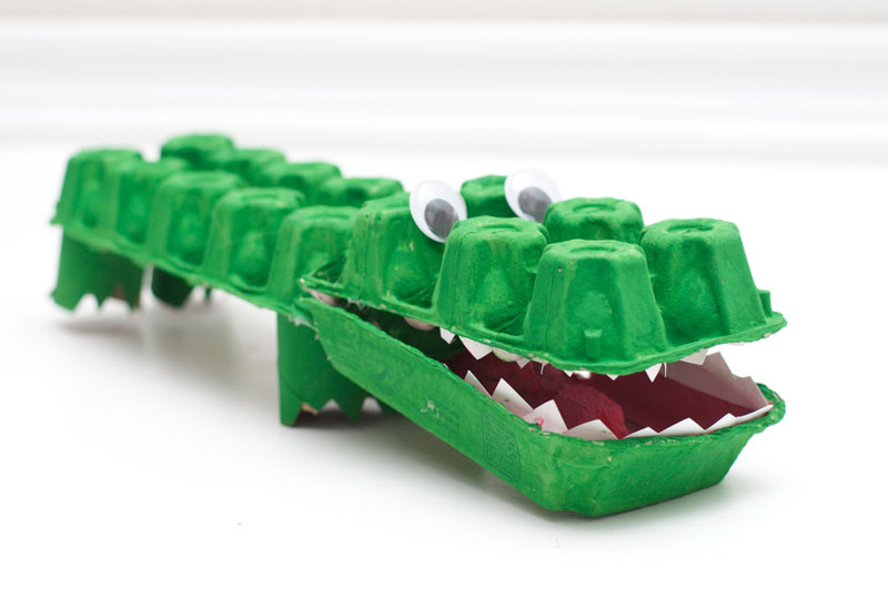 Egg-Carton-Alligator-Finishing-Touches