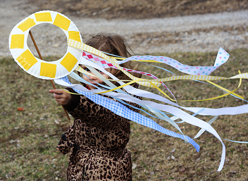 Paper Plate Kite